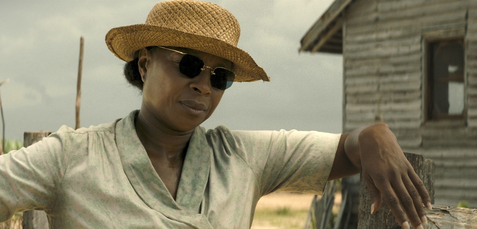 This image released by Netflix shows Mary J. Blige in a scene from Mudbound. Blige was nominated for an Oscar for best supporting actress on Tuesday, Jan. 23, 2018. The 90th Oscars will air live on ABC on Sunday, March 4. (Netflix via AP)
