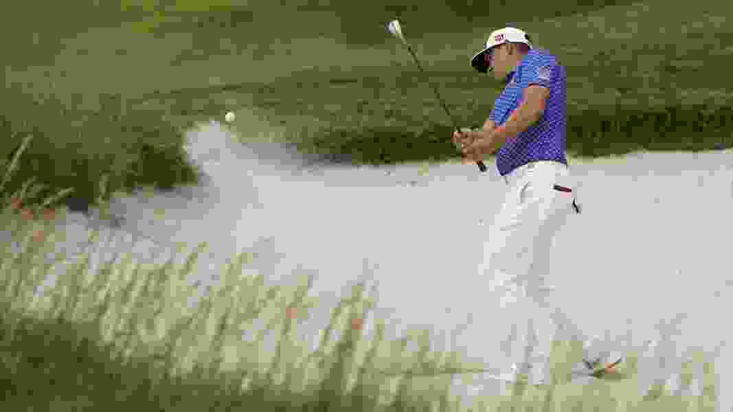 Gary Woodland carries 1-shot lead over Justin Rose into final round of U.S. Open