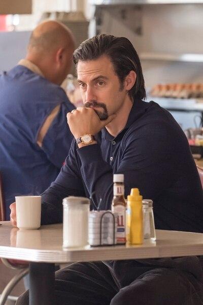 "(Ron Batzdorff | NBC) Milo Ventimiglia as Jack in the Season 2 premiere of ""This Is Us."""