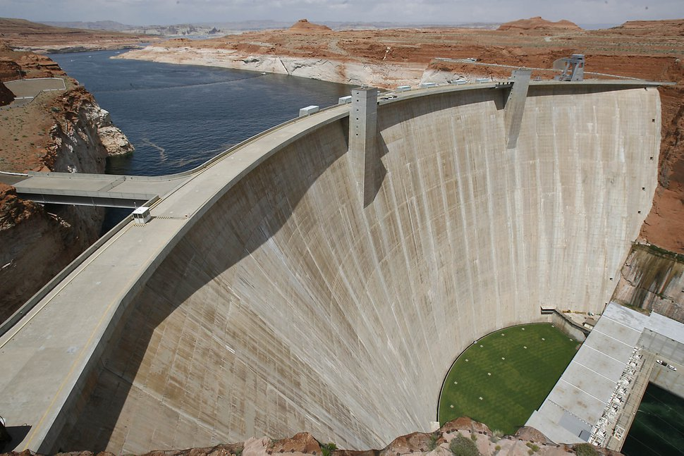 THE Glen Canyon Dam, with Lake Powell stretching behind it. photo: paul fraughton 5/19/07
