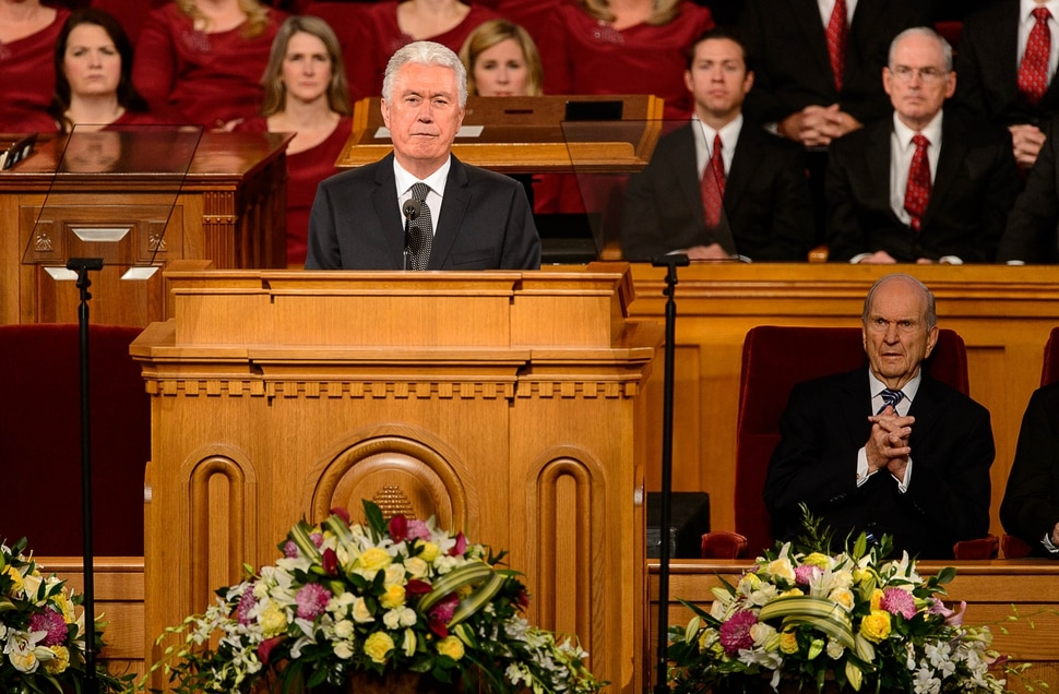(Trent Nelson | The Salt Lake Tribune) President Dieter F. Uchtdorf conducts funeral services for Elder Robert D. Hales at the Salt Lake Tabernacle in Salt Lake City Friday October 6, 2017.