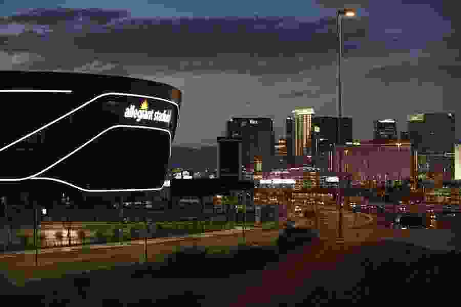 Raiders eager to show off new digs in Vegas debut vs. Saints