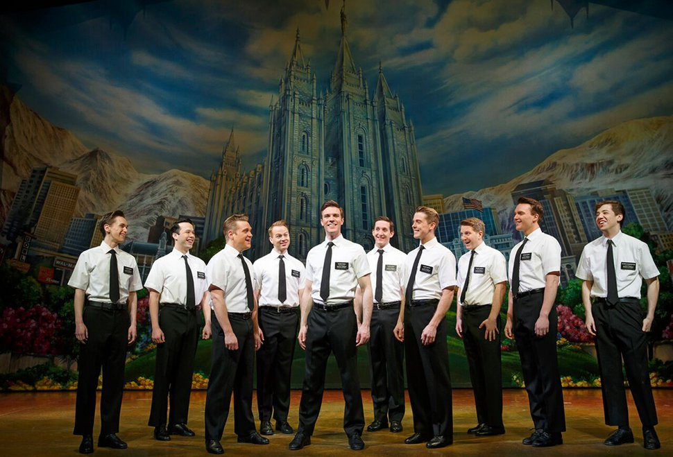 (Courtesy | MagicSpace/Broadway Across America) First National Tour Cast in the