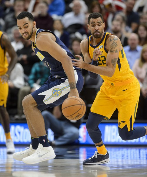 online retailer 107be bf655 Jazz s Thabo Sefolosha to undergo knee surgery, expected to miss the rest of  the season