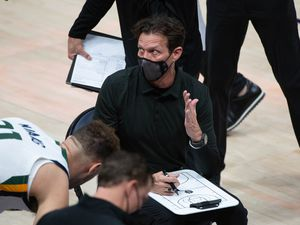 (Francisco Kjolseth  | The Salt Lake Tribune) Utah Jazz coach Quin Snyder talks to his team as the Jazz take on the Milwaukee Bucks at Vivint Smart Home Arena in Salt Lake City, on Friday, Feb. 12, 2021.