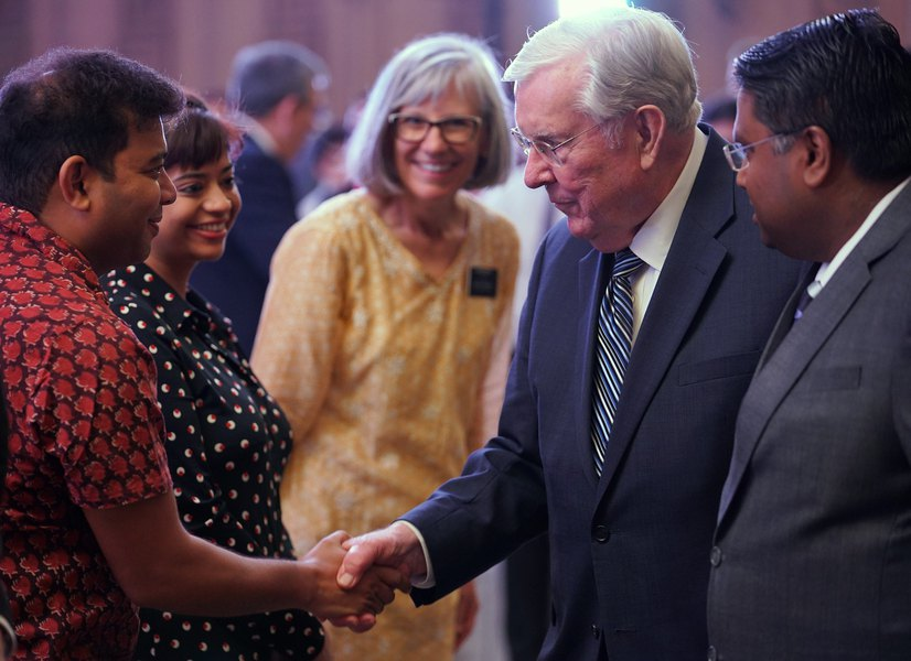 New Lds Apostles 2020.This Week In Mormon Land Social Media Diet Pays Off