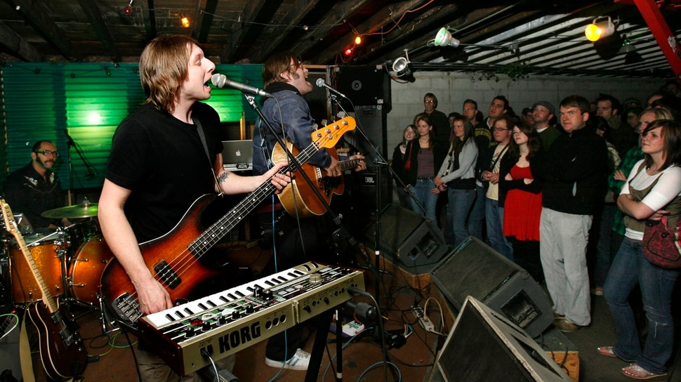 (Rick Egan | Tribune file photo) Eric Corson and John Roderick of The Long Winters play Kilby Court in 2007.