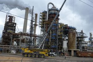 (Leah Hogsten     Tribune file photo) The Marathon Petroleum refinery in Salt Lake City, Jan. 9, 2020. Marathon now produces Tier 3 fuel, that reduces the sulfur in gasoline from 30 parts per million to 10, enabling a car's catalytic converter to run more efficiently and reduce volatile organic compounds and nitrogen oxide emissions on all vehicles.