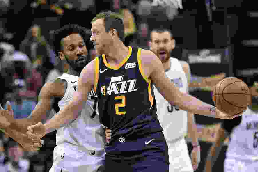 Surging Jazz win seventh game in a row, 92-88 over Grizzlies