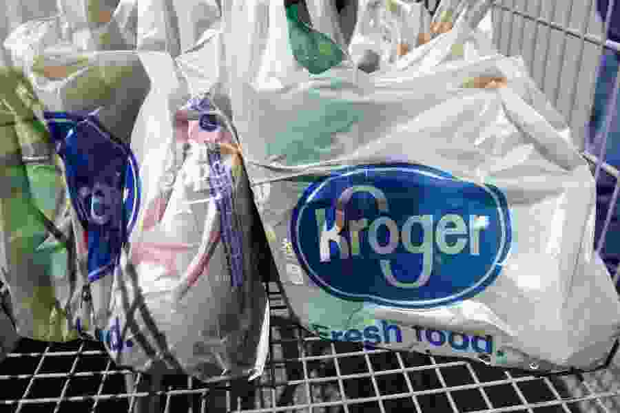 Letter: Plastic products create problems that affect daily life