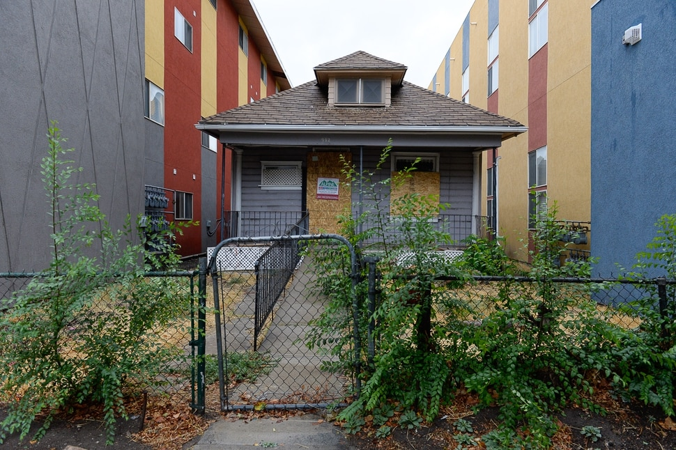 (Francisco Kjolseth | The Salt Lake Tribune) A group of neighbors in the Ballpark neighborhood are concerned about the impact of boarded properties on crime in the community. City documents show there are more abandoned buildings in Salt Lake City's District 5 than in any other neighborhood, with 34 total. Some 22 of the 34 boarded buildings in District 5 are located in the Ballpark neighborhood with three recently being demolished. Pictured on Wed. Sept. 11, 2019, is 942 South 200 West.