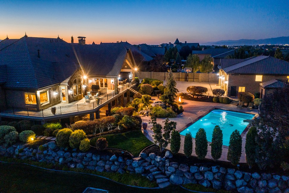 (Photo courtesy Berkshire Hathaway) Legendary Hall of Fame Jazz coach Jerry Sloan's Riverton estate is going on the market.