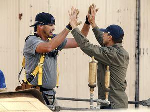 "(Photo courtesy of CBS) Utahn Scott Henry and host/executive producer Phil Keoghan on ""Tough as Nails."""
