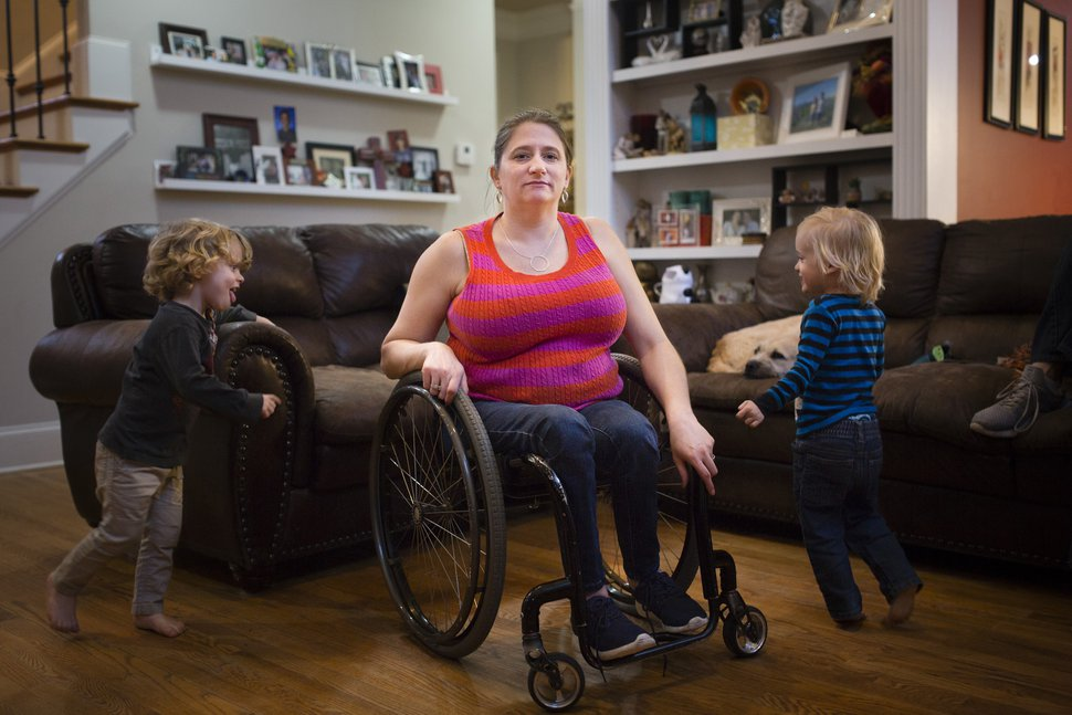 (Elijah Nouvelage | The Washington Post) Stephanie Hinze at home with her sons Ethan, 3, and Harrison, 2.