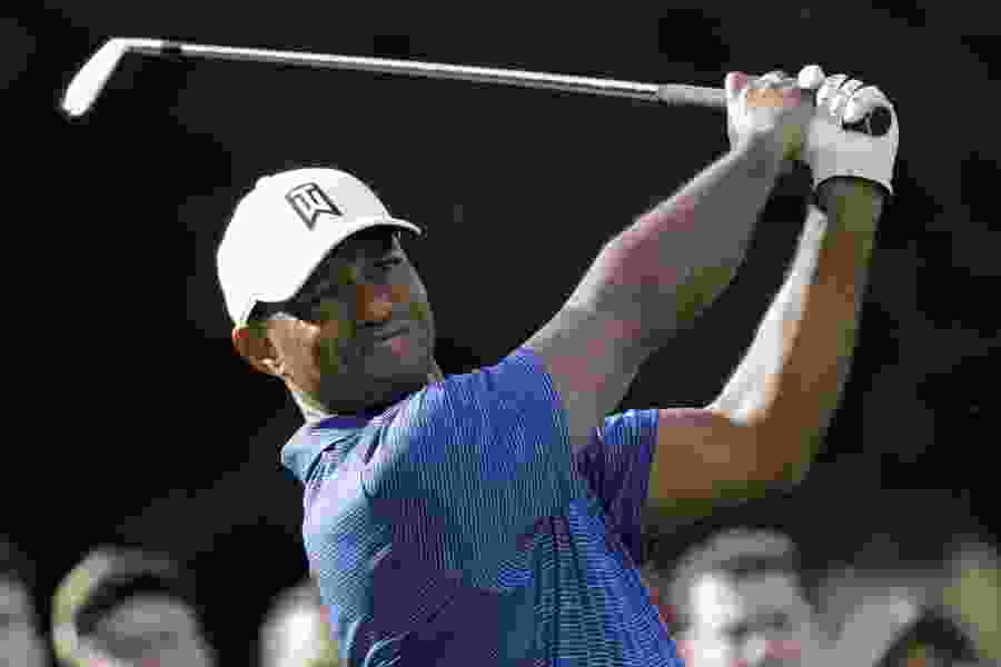 Tiger Woods, Rory McIlroy off to torrid start at Aronimink