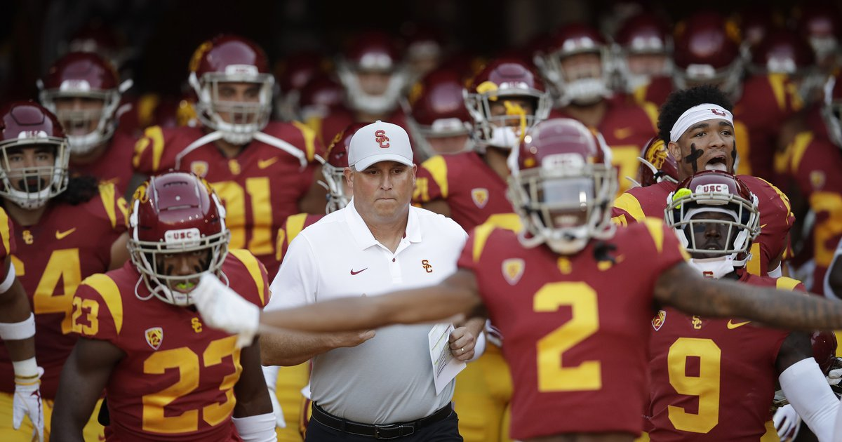 With coach Clay Helton under pressure and Urban Meyer in the building, USC comes out swinging - Salt Lake Tribune