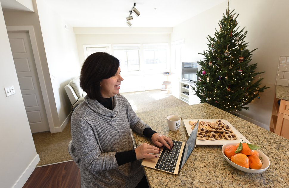 (Francisco Kjolseth   The Salt Lake Tribune) National blogger Courtney Carver has made a living out of simplifying her life and has a new book