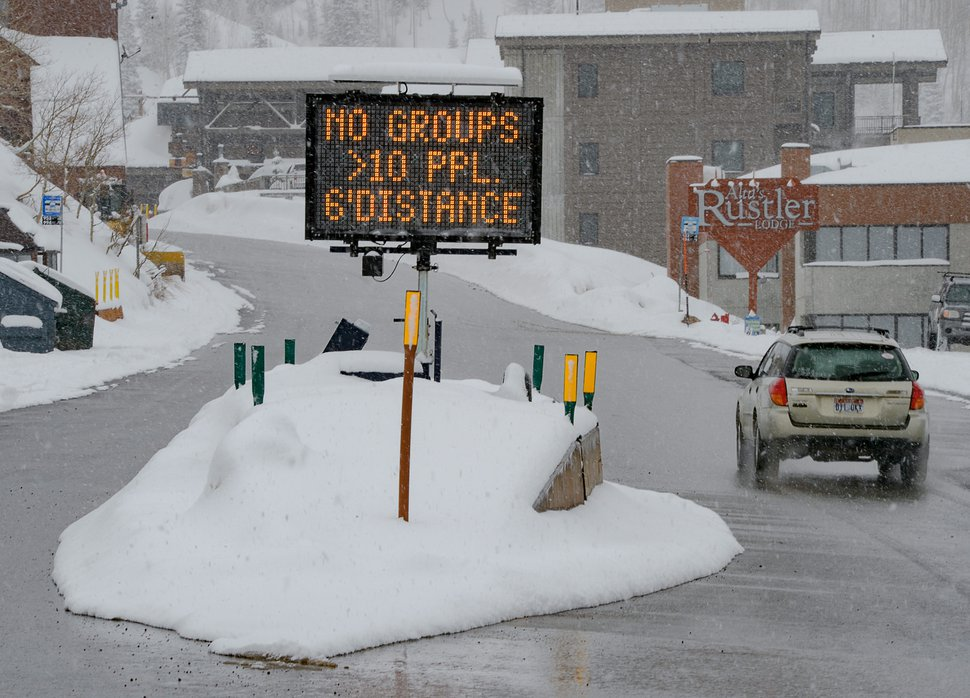 (Francisco Kjolseth | The Salt Lake Tribune) A sign at Alta Ski Resort encourages people to social distance in the wake of the coronavirus pandemic on Wednesday, March 25, 2020.