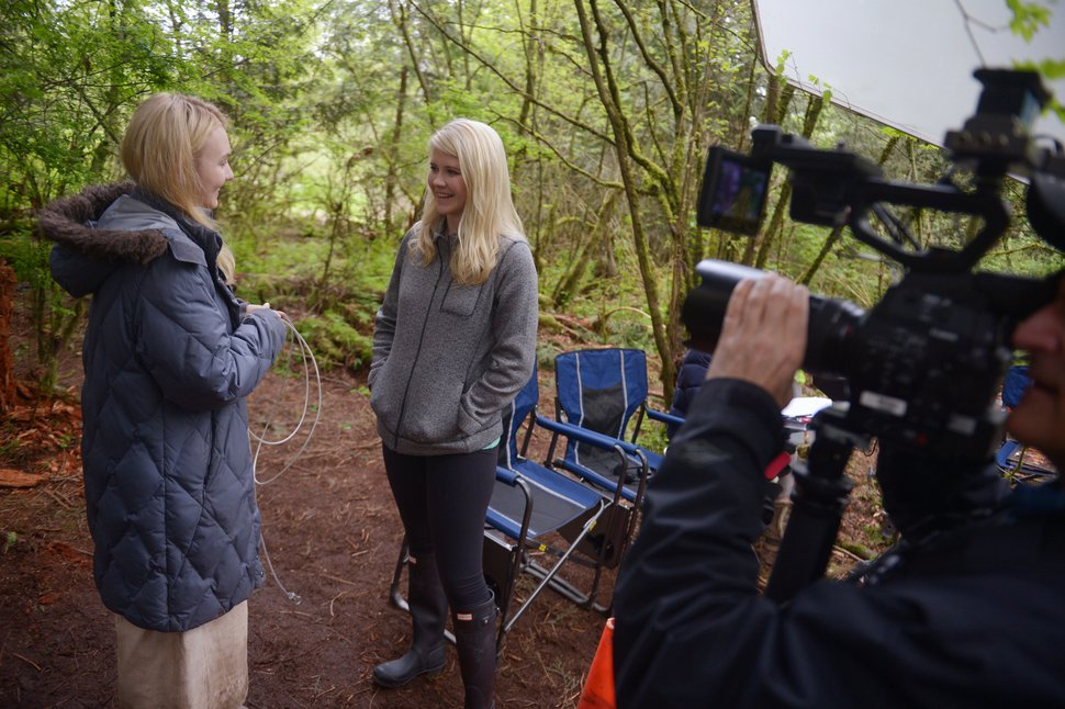 "(Photo courtesy of Sergei Bachlakov/Lifetime) Alana Boden and Elizabeth Smart on location during the filming of ""I Am Elizabeth Smart."""