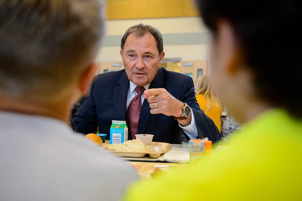 (Trent Nelson | The Salt Lake Tribune) Utah Gov. Gary Herbert eats lunch with students during a visit to Rose Springs Elementary in Stansbury Park to discuss school safety with educators.