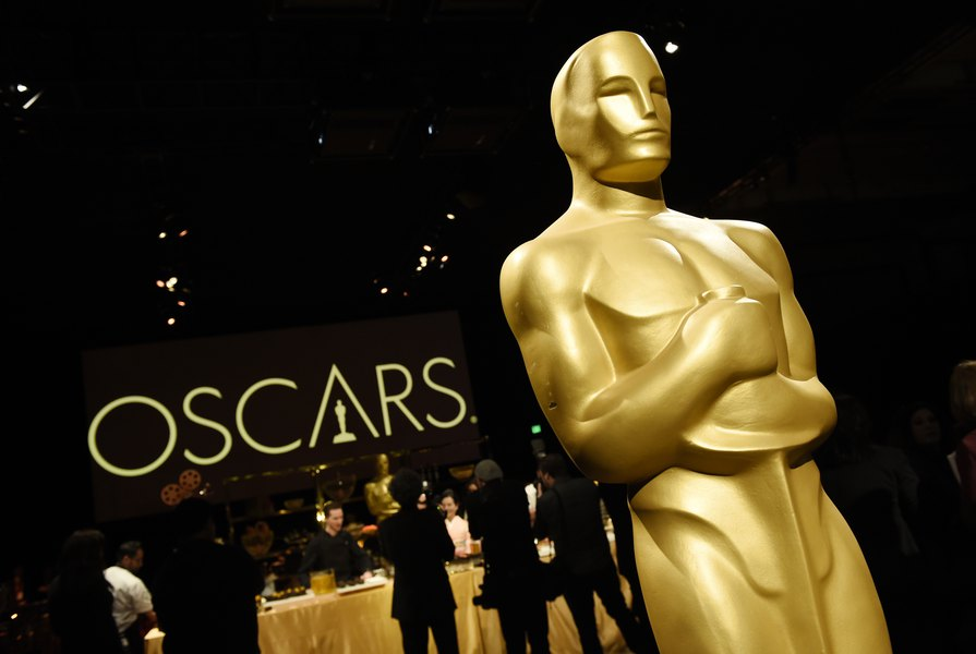 Who will win the Oscars? The Tribune's movie critic predicts who will take home the gold
