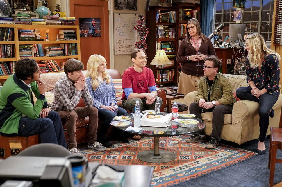 (Erik Voake | CBS via Associated Press) Kunal Nayyar, from left, Simon Helberg, Melissa Rauch, Jim Parsons, Mayim Bialik, Johnny Galecki and Kaley Cuoco appear in a scene from the long-running comedy series
